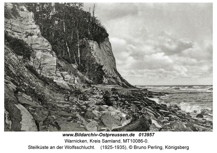 Warnicken, Steilküste an der Wolfsschlucht