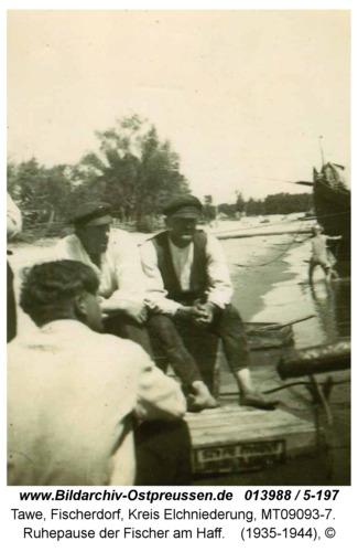 Tawe, Ruhepause der Fischer am Haff