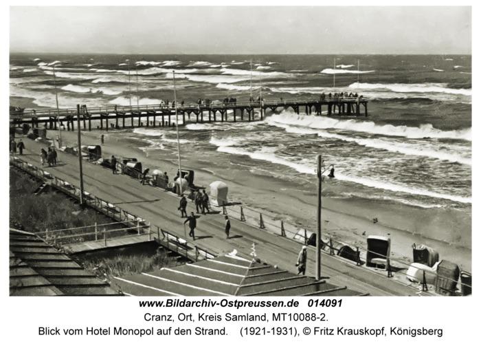 Cranz, Blick vom Hotel Monopol auf den Strand