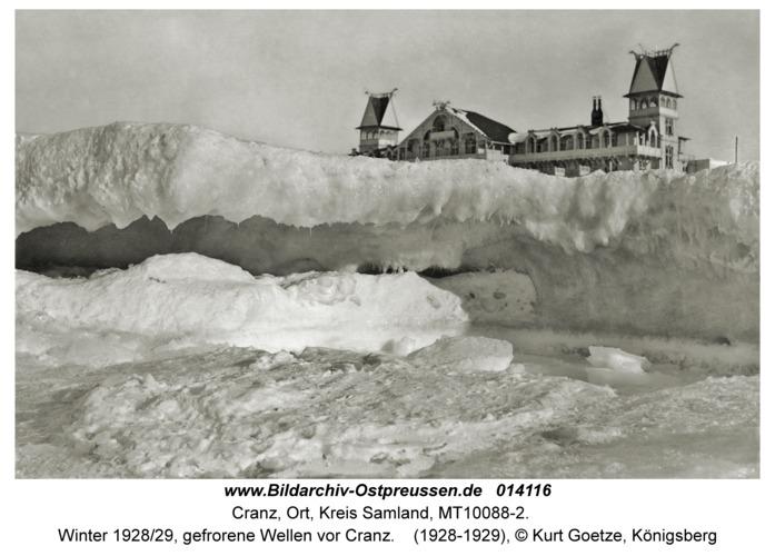 Cranz, Winter 1928/29, gefrorene Wellen vor Cranz