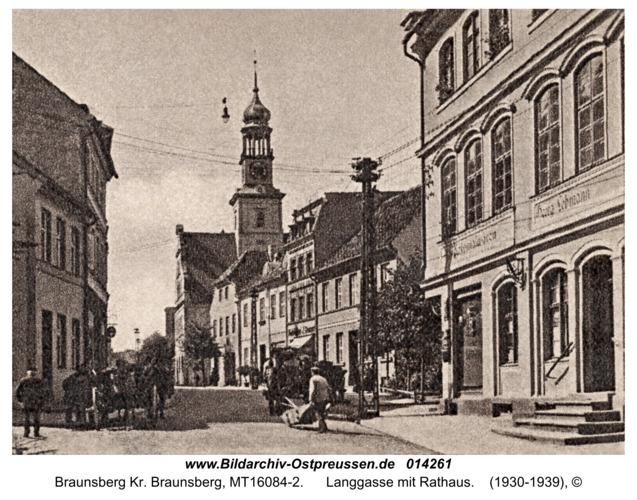 Braunsberg, Langgasse mit Rathaus