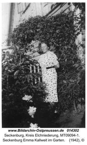 Seckenburg Emma Kallweit im Garten