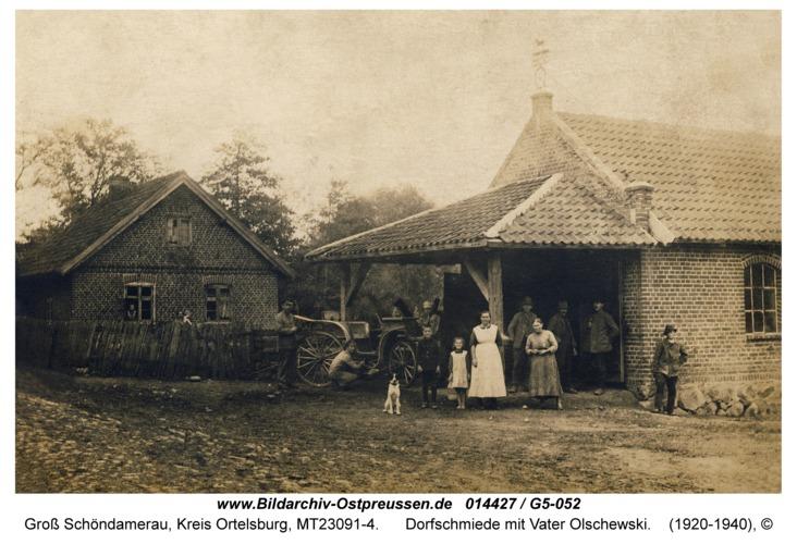 Groß Schöndamerau, Dorfschmiede mit Vater Olschewski