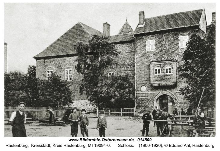 Rastenburg, Königliche Domäne (altes Ritterschloss)