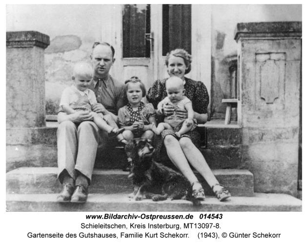 Schieleitschen, Gartenseite des Gutshauses, Familie Kurt Schekorr