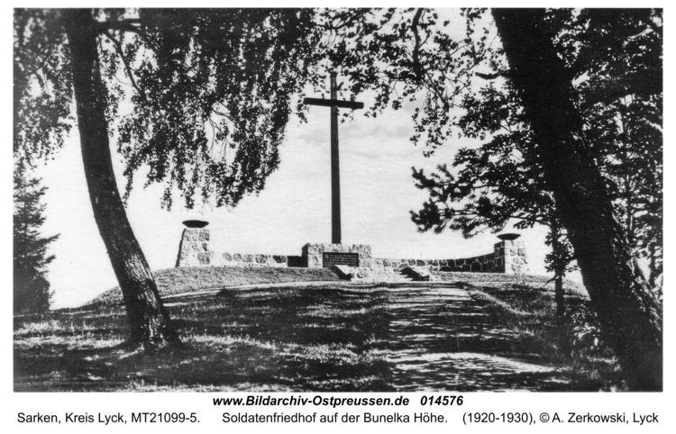 Sarken, Soldatenfriedhof auf der Bunelka Höhe
