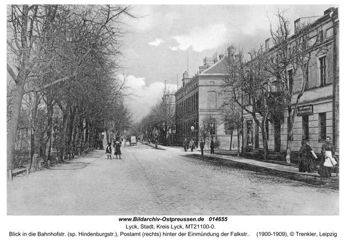 Lyck, Blick in die Bahnhofstr. (sp. Hindenburgstr.), Postamt (rechts) hinter der Einmündung der Falkstr.