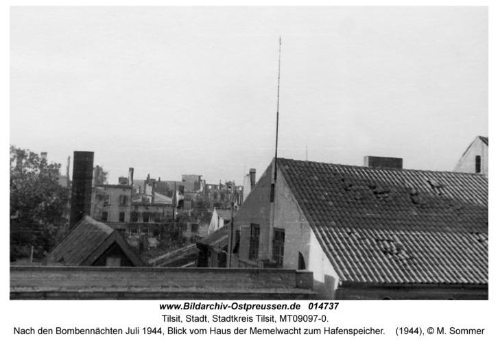 Tilsit, Nach den Bombennächten Juli 1944, Blick vom Haus der Memelwacht zum Hafenspeicher
