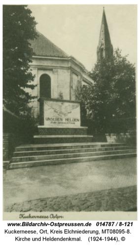 Kuckerneese, Kirche und Heldendenkmal