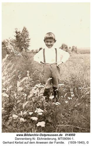 Dannenberg, Gerhard Kerbst auf dem Anwesen der Familie