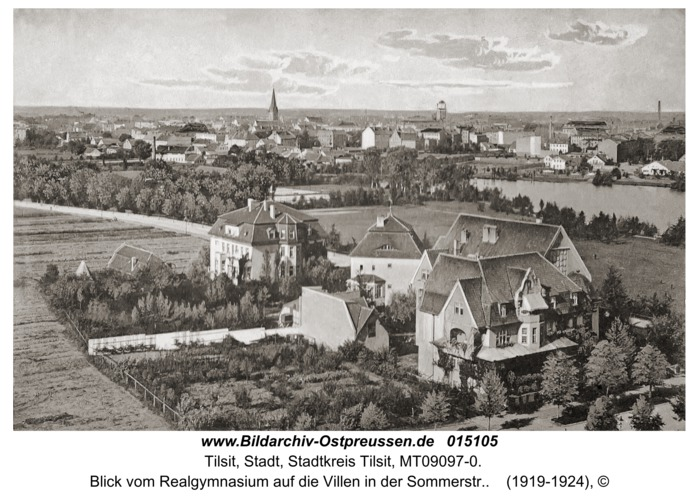 Tilsit, Blick vom Realgymnasium auf die Villen in der Sommerstr.