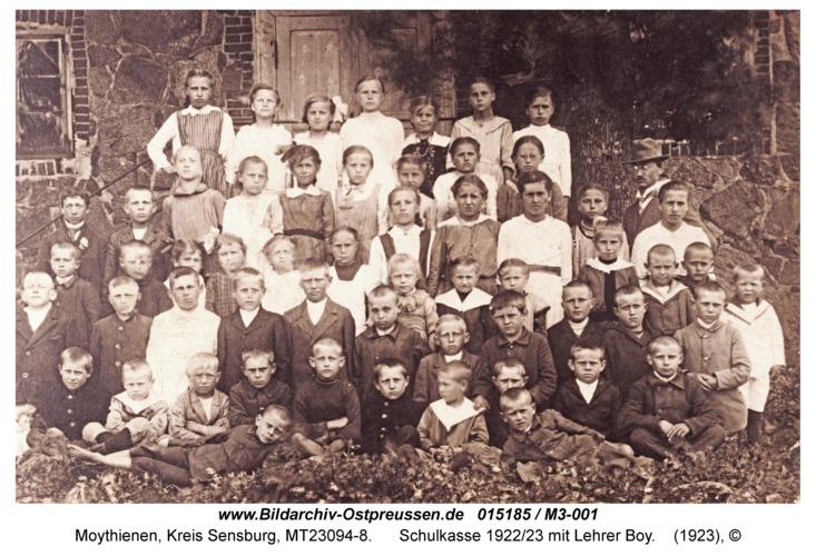 Moithienen, Schulkasse 1922/23 mit Lehrer Boy