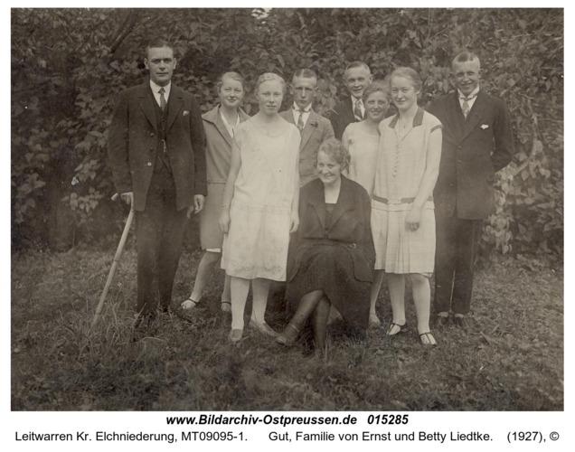 Leitwarren, Gut, Familie von Ernst und Betty Liedtke