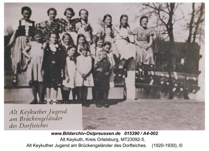 Alt Keykuth, Alt Keykuther Jugend am Brückengeländer des Dorfteiches