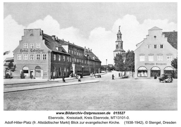Ebenrode, Adolf-Hitler-Platz mit evangelischer Kirche