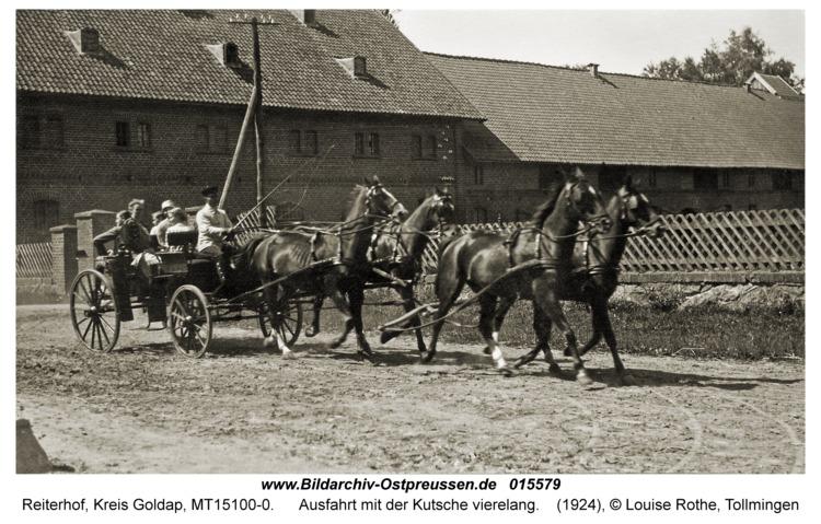 Reiterhof, Ausfahrt mit der Kutsche vierelang