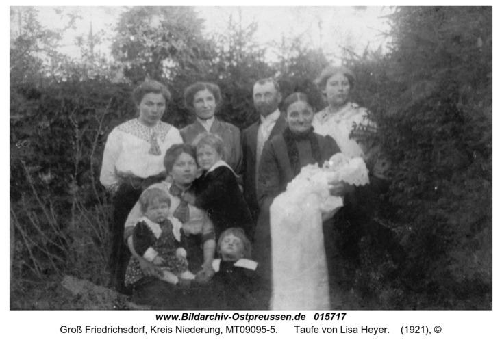 Groß Friedrichsdorf, Taufe von Lisa Heyer