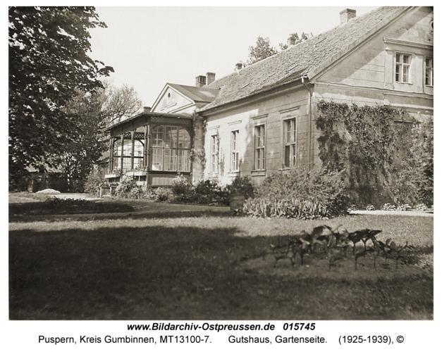 Puspern, Gutshaus, Gartenseite