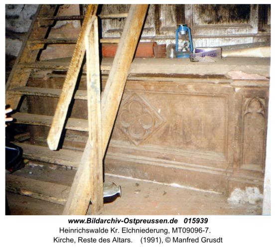 Heinrichswalde, Kirche, Reste des Altars