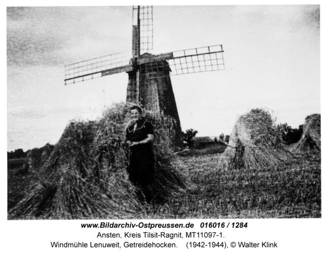 Ansten, Windmühle Lenuweit, Getreidehocken