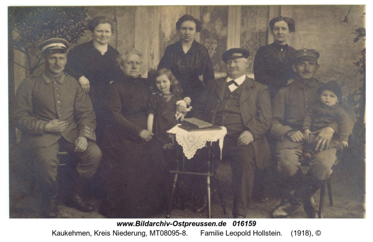 Kuckerneese, Familie Leopold Hollstein