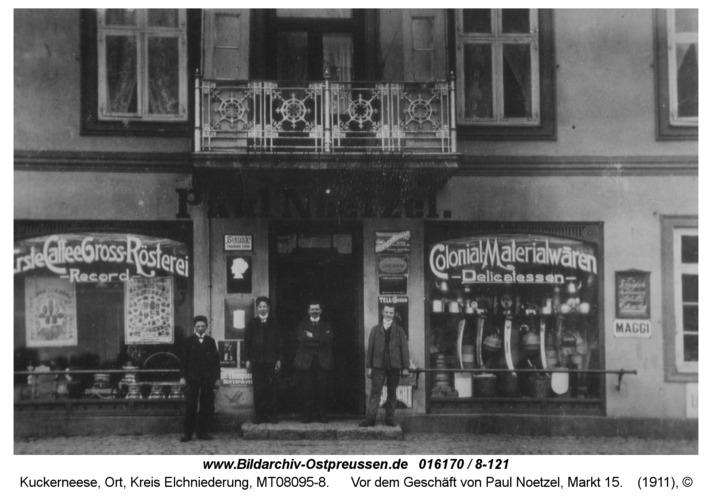 Kuckerneese, Vor dem Geschäft von Paul Noetzel, Markt 15