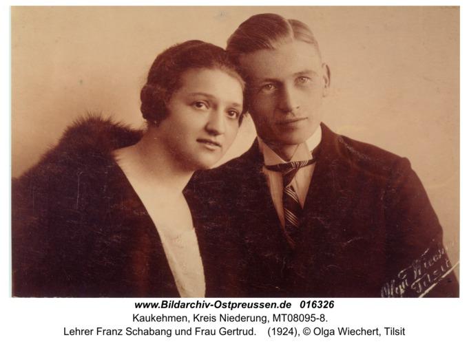 Kuckerneese, Lehrer Franz Schabang und Frau Gertrud