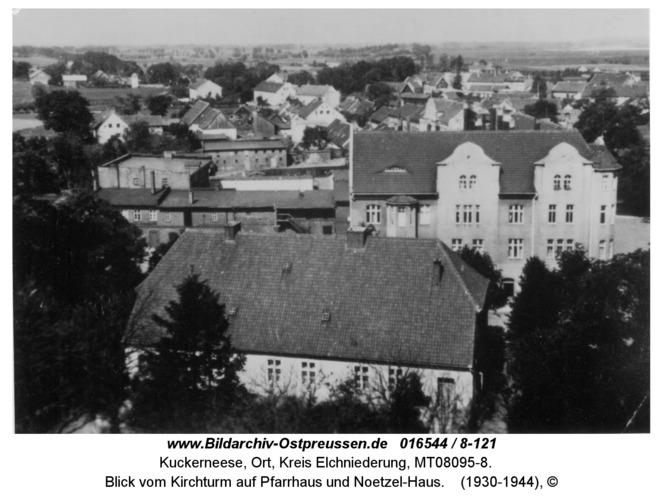 Kuckerneese, Blick vom Kirchturm auf Pfarrhaus und Noetzel-Haus
