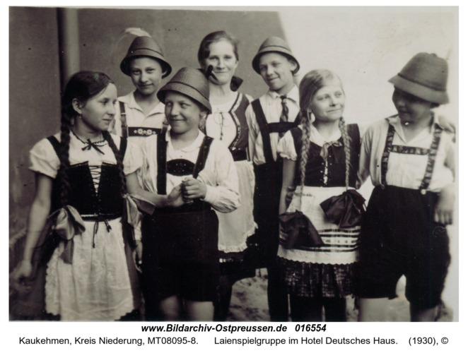 Kuckerneese, Laienspielgruppe im Hotel Deutsches Haus