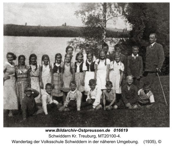 Schwiddern Kr. Treuburg, Wandertag der Volksschule Schwiddern in der näheren Umgebung