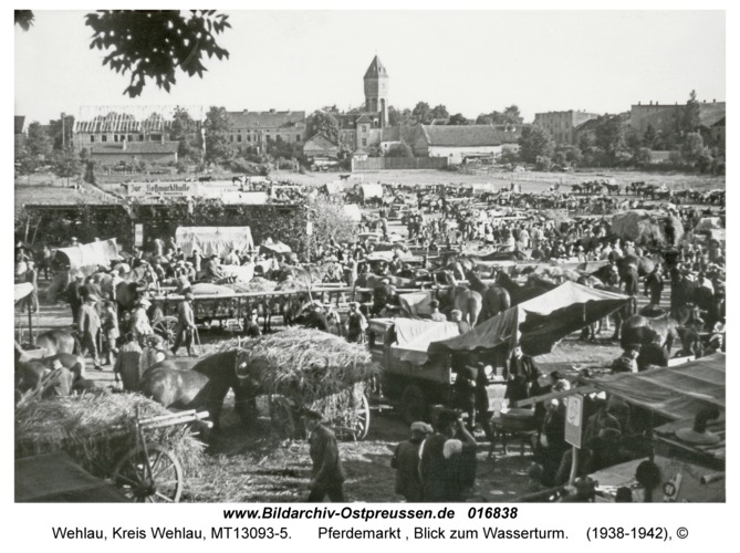 Wehlau, Pferdemarkt , Blick zum Wasserturm