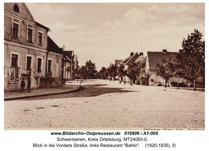 """Altkirchen, Blick in die Vordere Straße, links Restaurant """"Bahlo"""""""