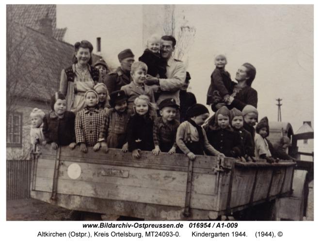 Altkirchen, Kindergarten 1944