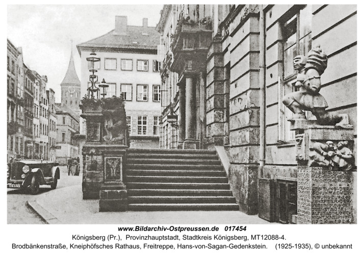 Königsberg, Brodbänkenstraße mit Hans-von-Sagan-Gedenkstein
