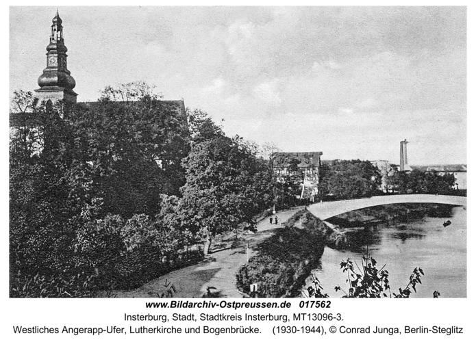 Insterburg, Westliches Angerapp-Ufer, Lutherkirche und Bogenbrücke