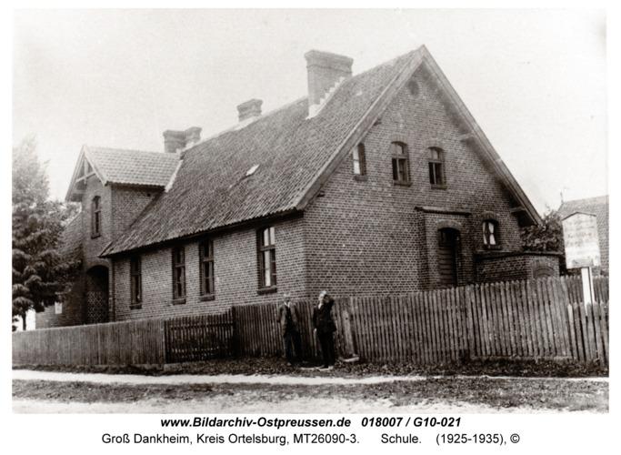 Groß Dankheim, Schule