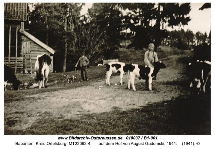 Babanten, auf dem Hof von August Gadomski, 1941