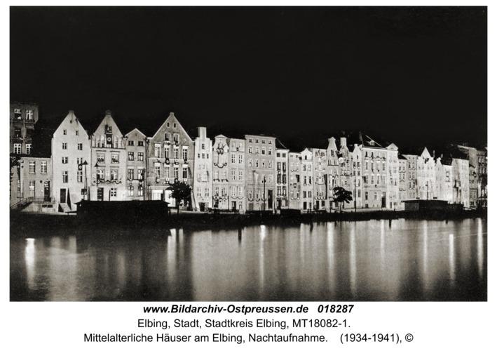 Elbing, mittelalterliche Häuser am Elbing, Nachtaufnahme