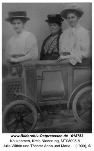 Kuckerneese, Julie Wittrin und Töchter Anna und Marie