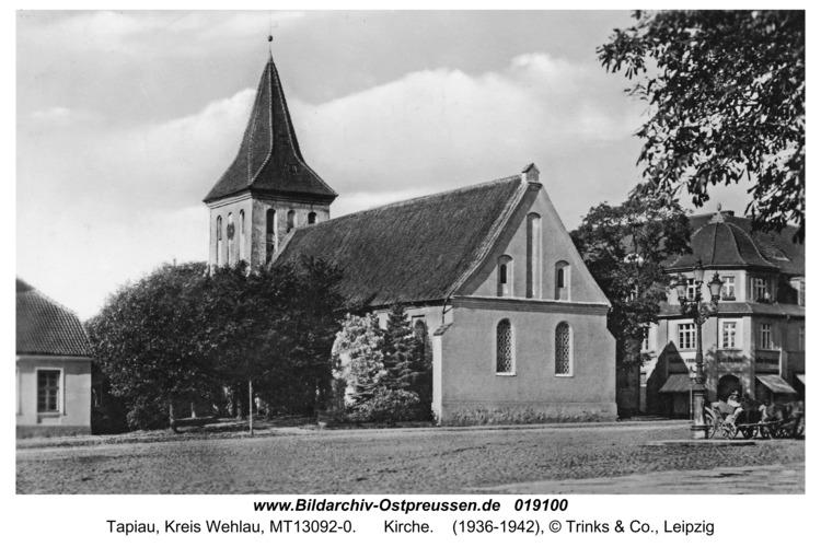 Tapiau, Kirche