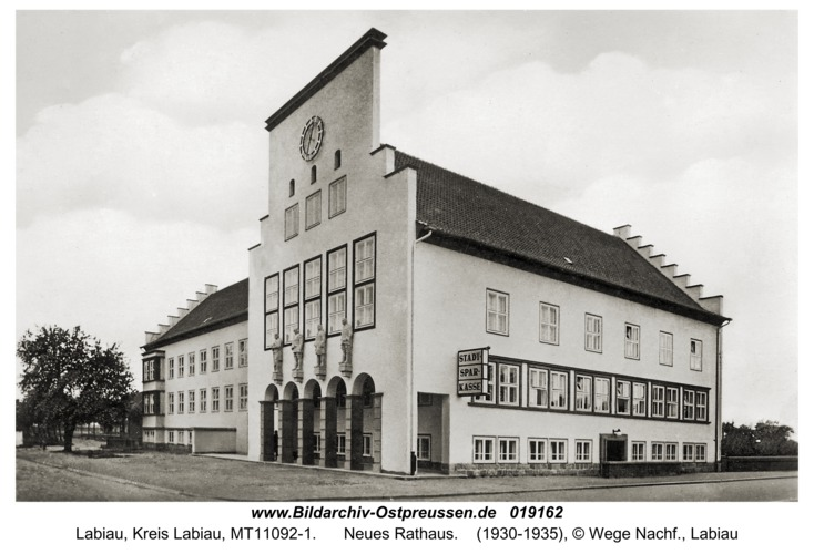 Labiau, Neues Rathaus