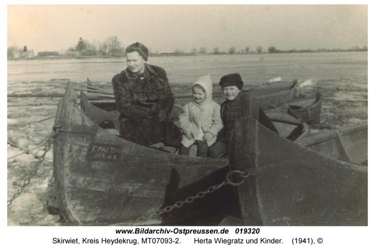 Skirwiet, Herta Wiegratz und Kinder