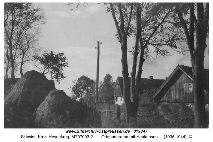 Skirwiet, Ortspanorama mit Heukapsen