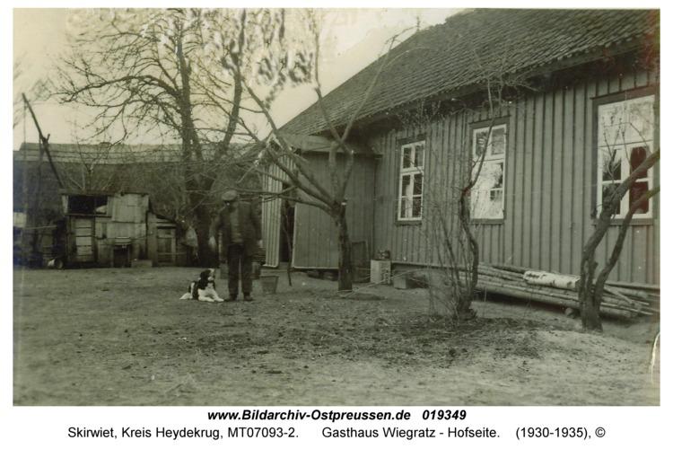 Skirwiet, Gasthaus Wiegratz - Hofseite