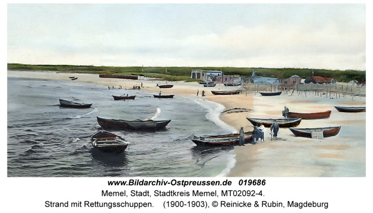 Memel, Strand mit Rettungsschuppen