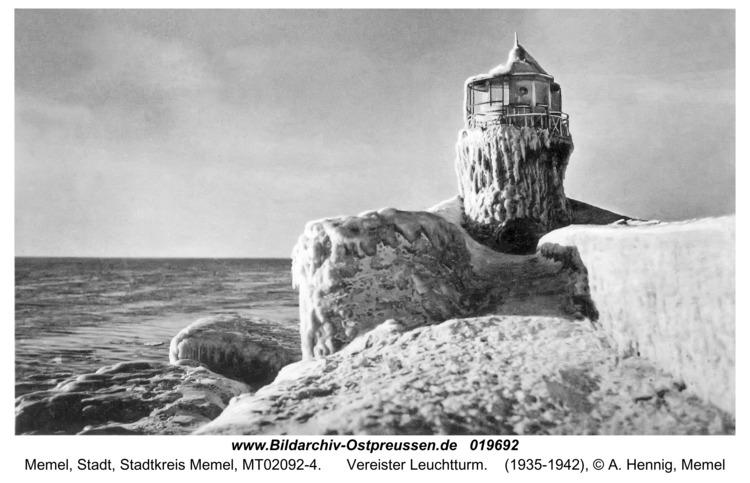 Memel, Vereister Leuchtturm
