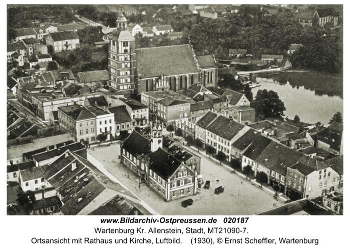 Wartenburg, Ortsansicht mit Rathaus und Kirche, Luftbild