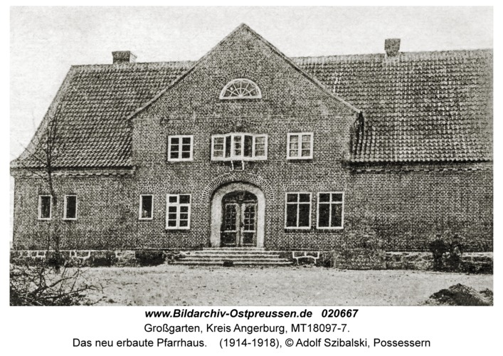 Possessern, Das neu erbaute Pfarrhaus