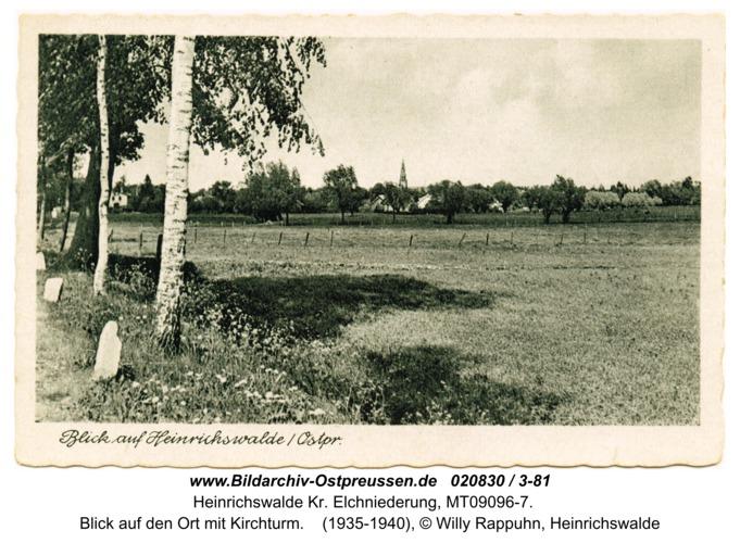 Heinrichswalde, Blick auf den Ort mit Kirchturm
