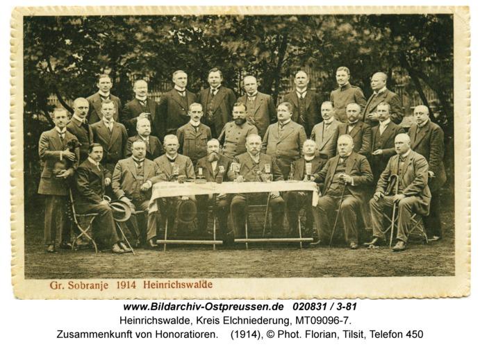 Heinrichswalde, Zusammenkunft von Honoratioren